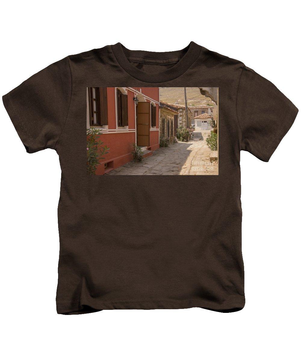 Tepekoy Kids T-Shirt featuring the photograph Tepekoy Village Street by Bob Phillips