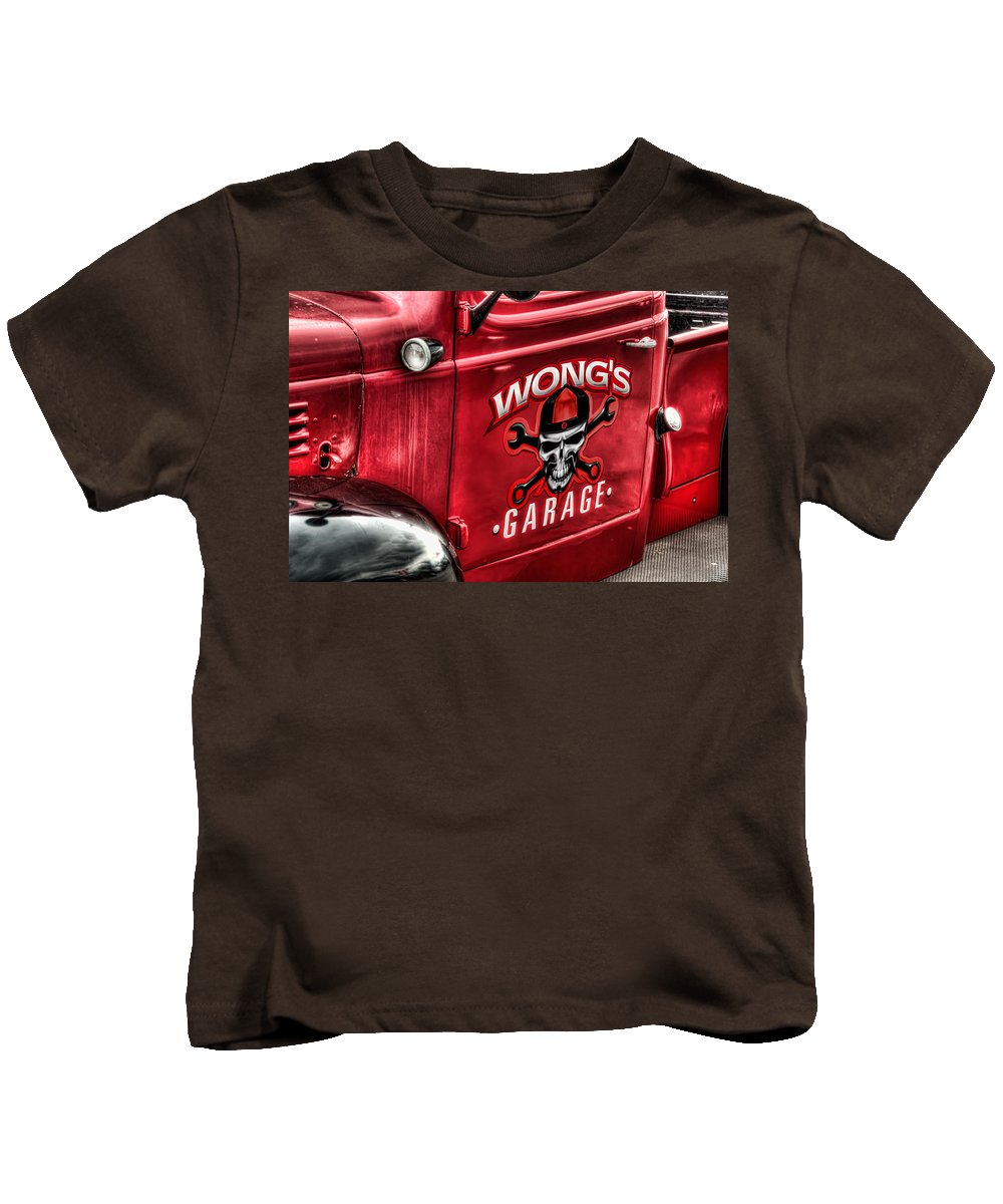 David Lawson Photography Kids T-Shirt featuring the photograph Wong's Garage by David Lawson