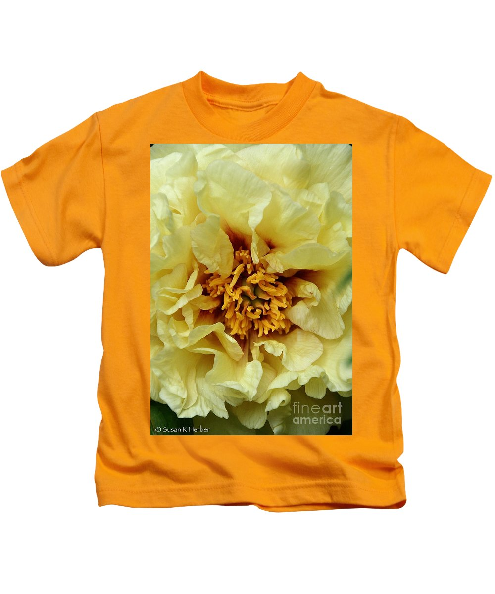 Flower Kids T-Shirt featuring the photograph Pretty Peony by Susan Herber
