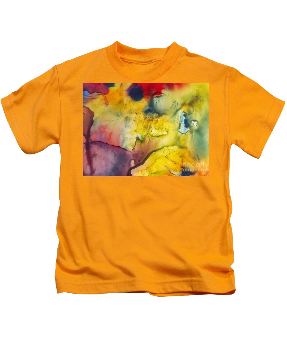 Abstract Kids T-Shirt featuring the painting With Love by Justyna JBJart