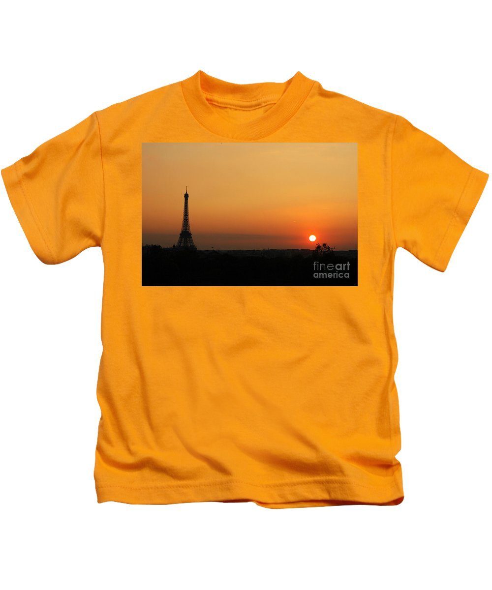 Eiffel Tower Kids T-Shirt featuring the photograph Eiffel Tower At Sunset by Mike Nellums