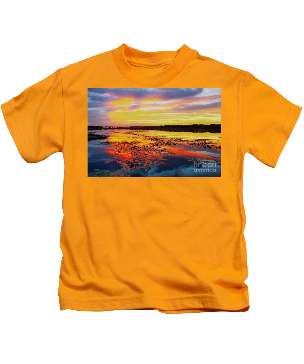 Sunrise Kids T-Shirt featuring the photograph Glowing skies over Crews Lake by Barbara Bowen