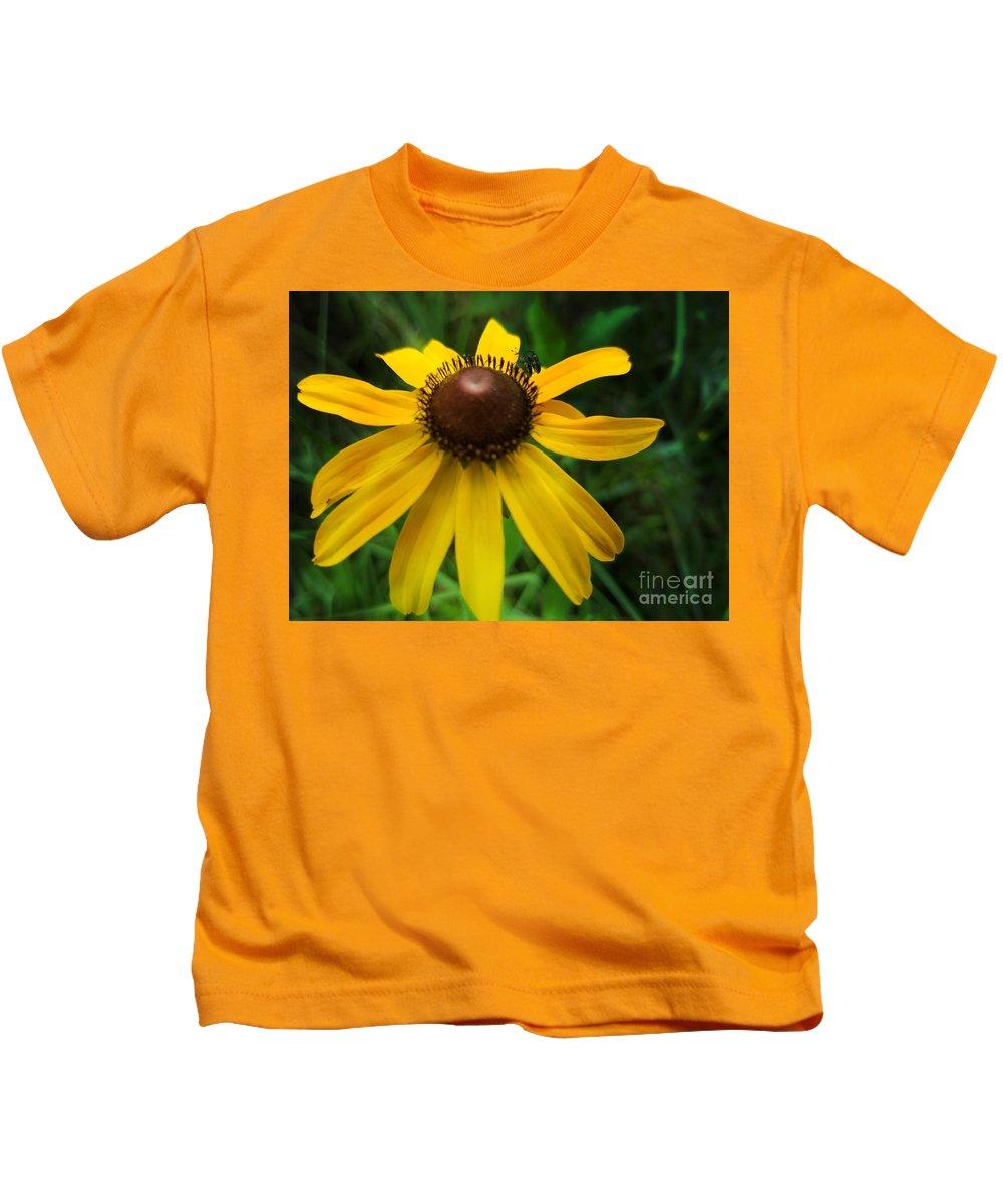 Rudbeckia Hirta Kids T-Shirt featuring the photograph Rudbeckia Hirta by Maria Urso
