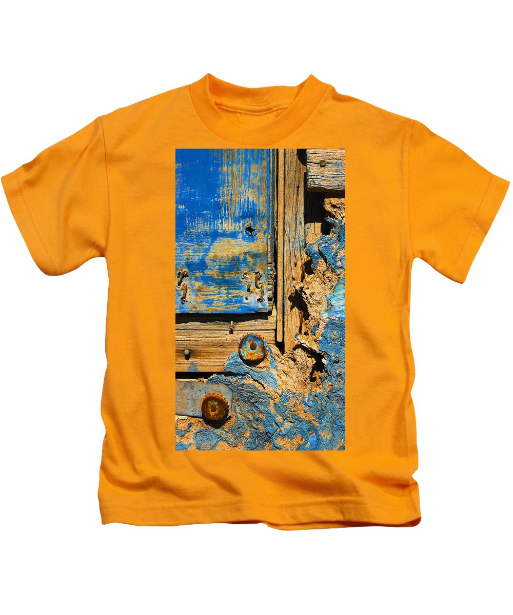 Abstract Kids T-Shirt featuring the photograph Blues Dues by Skip Hunt