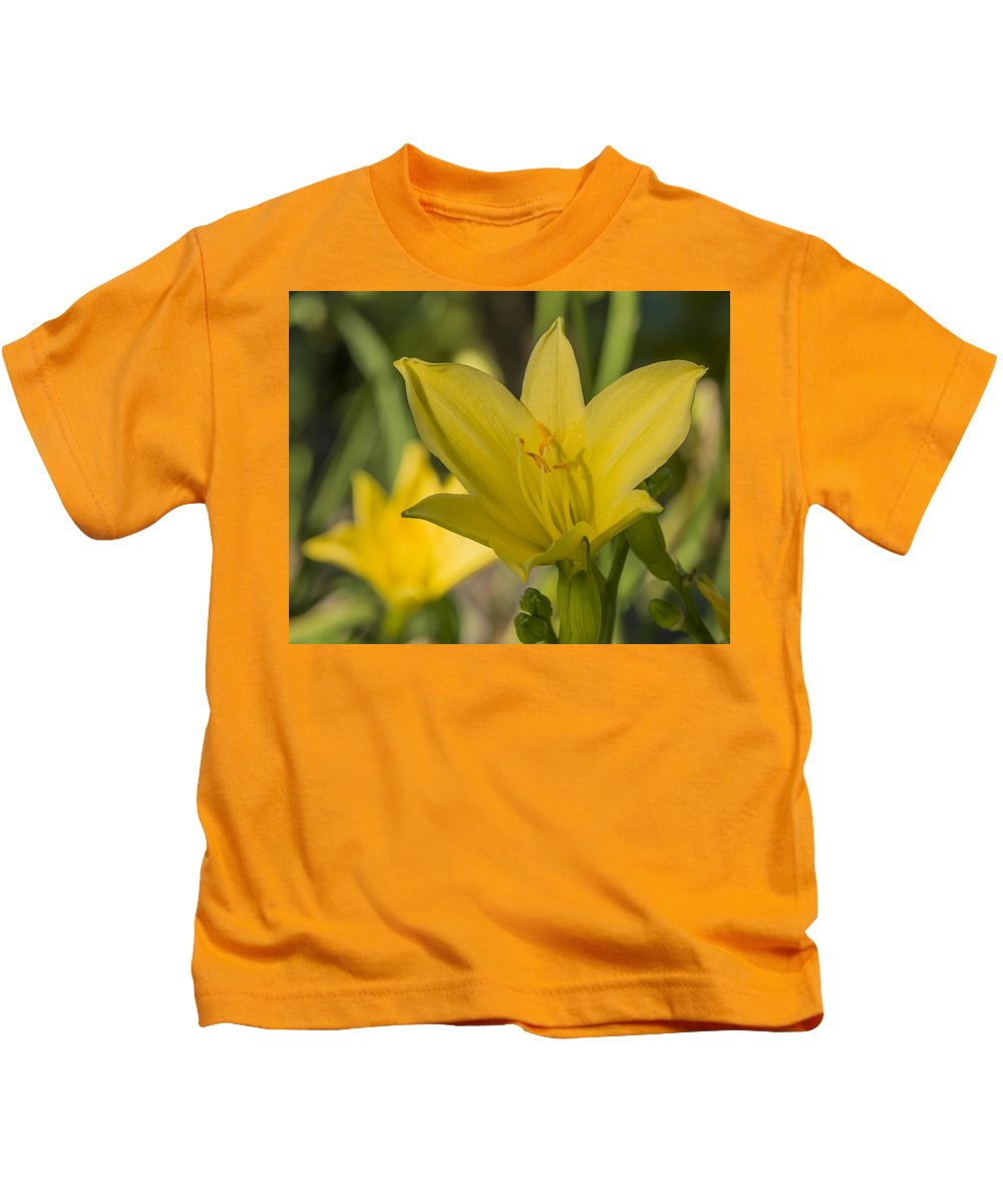 Flower Kids T-Shirt featuring the photograph Daylily by Bruce Frye