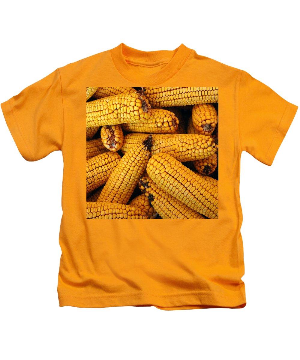 Usa Kids T-Shirt featuring the photograph Dried Corn Cobs by LeeAnn McLaneGoetz McLaneGoetzStudioLLCcom