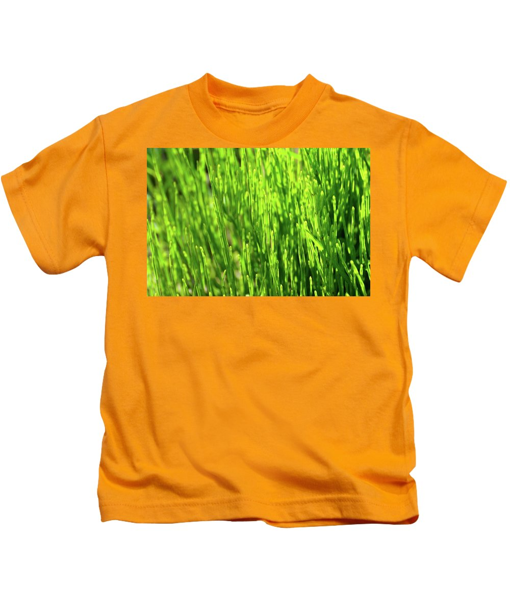 Abstract Kids T-Shirt featuring the photograph In The Green by Lyle Crump