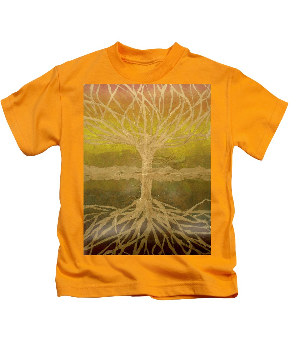 Abstract Kids T-Shirt featuring the painting Meditation by Leah Tomaino