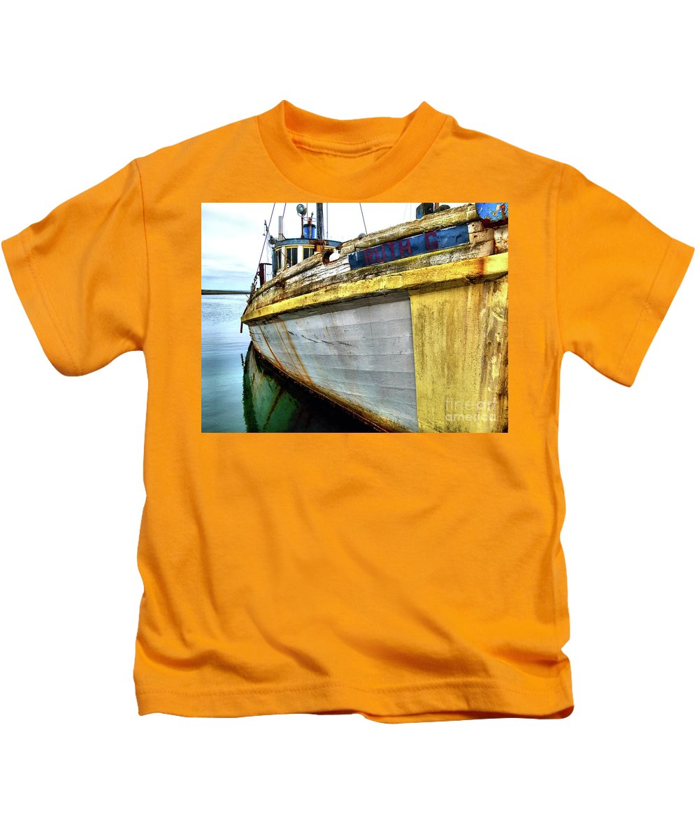 Color Image Kids T-Shirt featuring the photograph Ruth G 2 by Bob Zuber