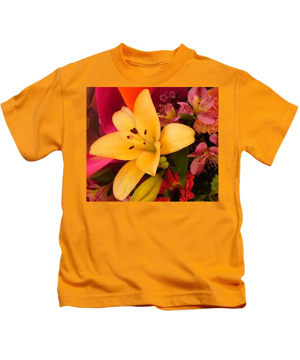 Lily Kids T-Shirt featuring the painting Spring Lily Bouquet by Amy Vangsgard