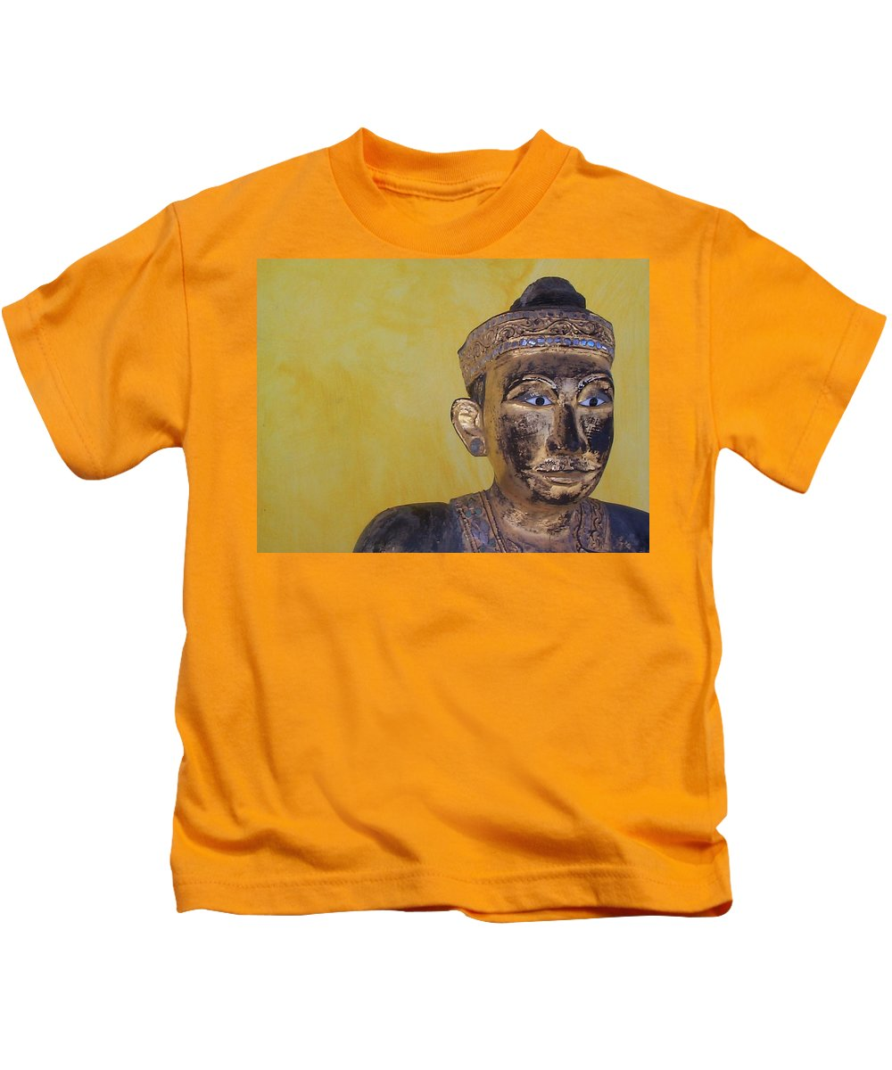 Charity Kids T-Shirt featuring the photograph Statue by Mary-Lee Sanders