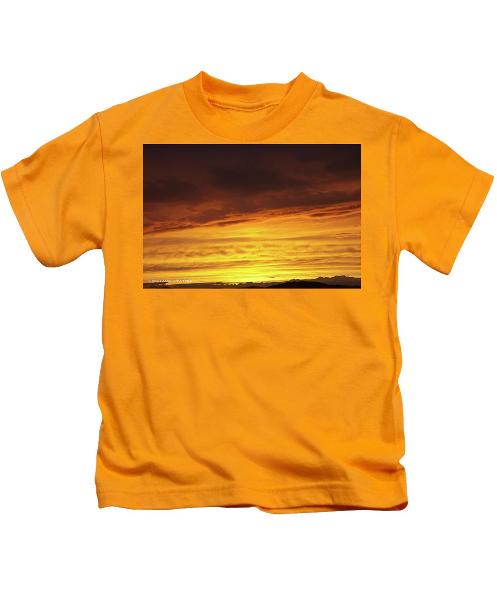 Sunset Kids T-Shirt featuring the photograph Sunset - 52 by George Phile