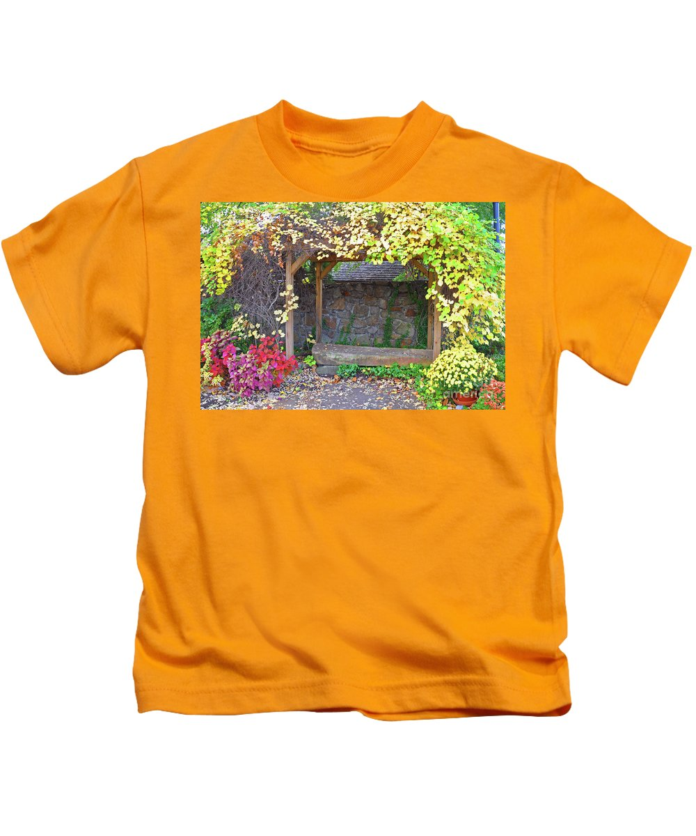 Mums Kids T-Shirt featuring the photograph Take A Seat by Brittany Horton