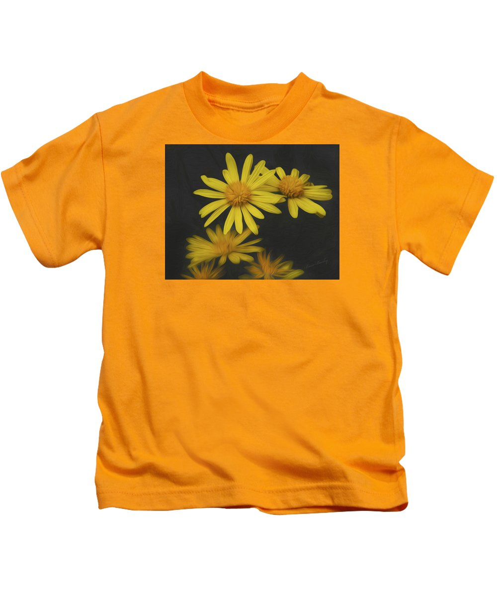Flower Kids T-Shirt featuring the photograph Yellow Daisy by Bruce Bouley