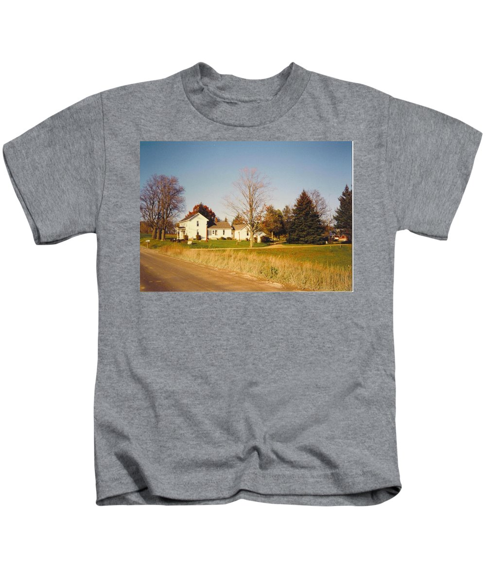 Michigan Farm And Barns Kids T-Shirt featuring the photograph Barns by Robert Floyd