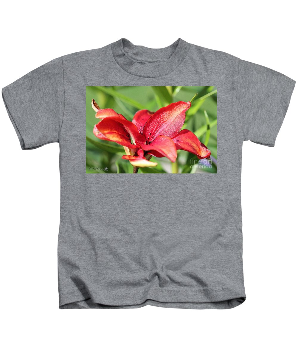 Mccombie Kids T-Shirt featuring the painting Double Asiatic Lily Named Cocktail Twins by J McCombie