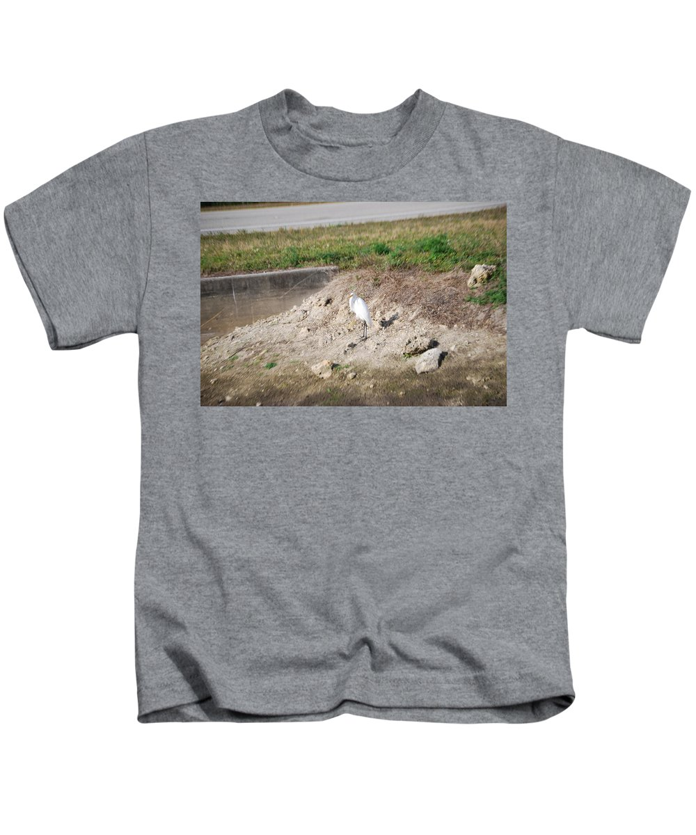 Standing Guard Kids T-Shirt featuring the photograph Great White Heron by Robert Floyd