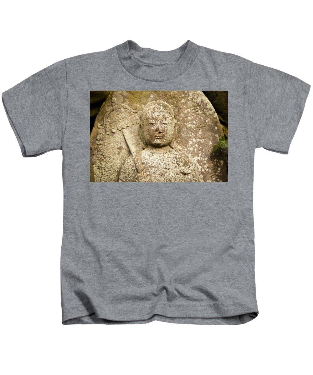 Jizo Bodhisattva Kids T-Shirt featuring the photograph Jizo Bodhisattva by Scott Hill