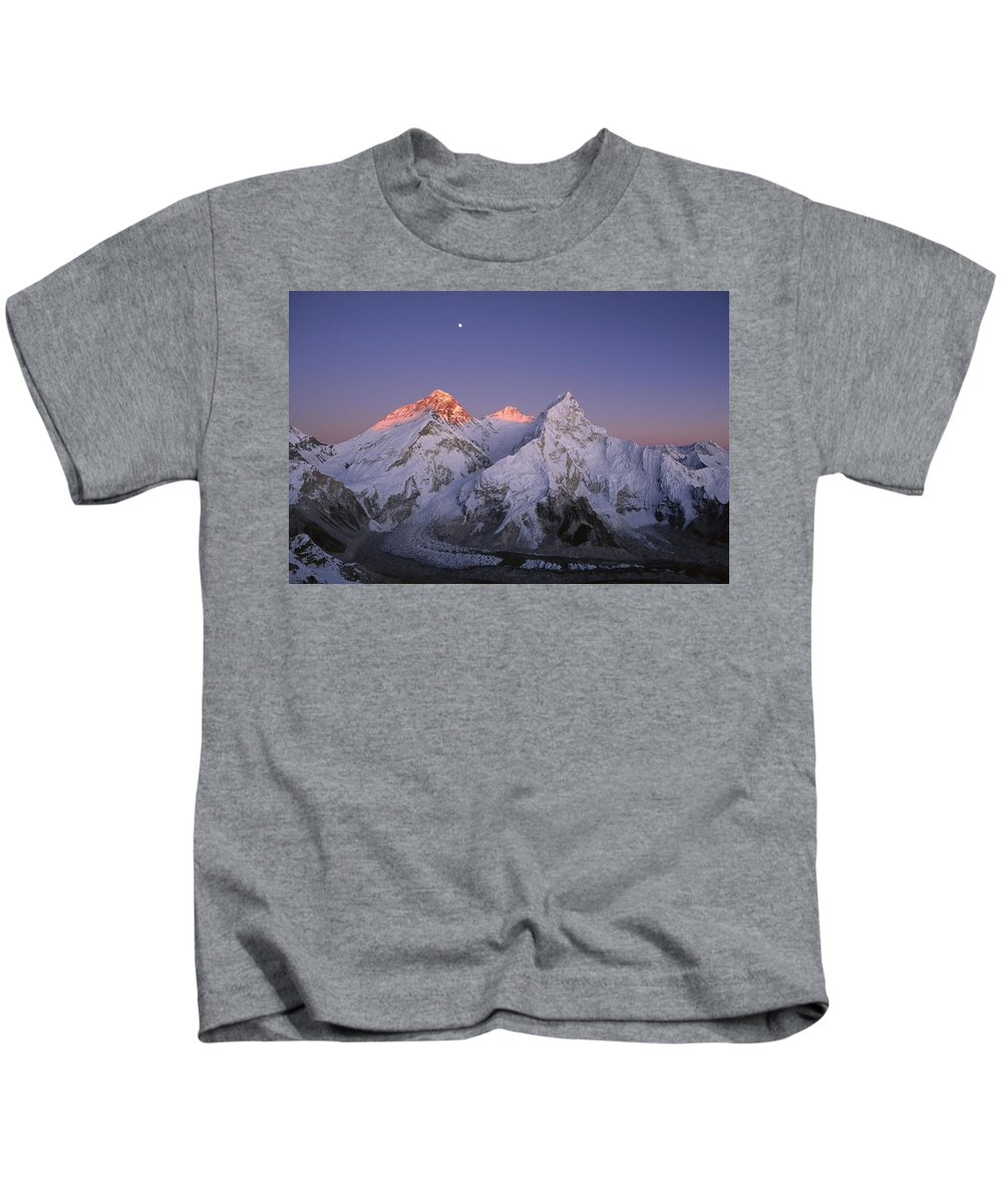 Feb0514 Kids T-Shirt featuring the photograph Moon Over Mount Everest Summit by Grant Dixon
