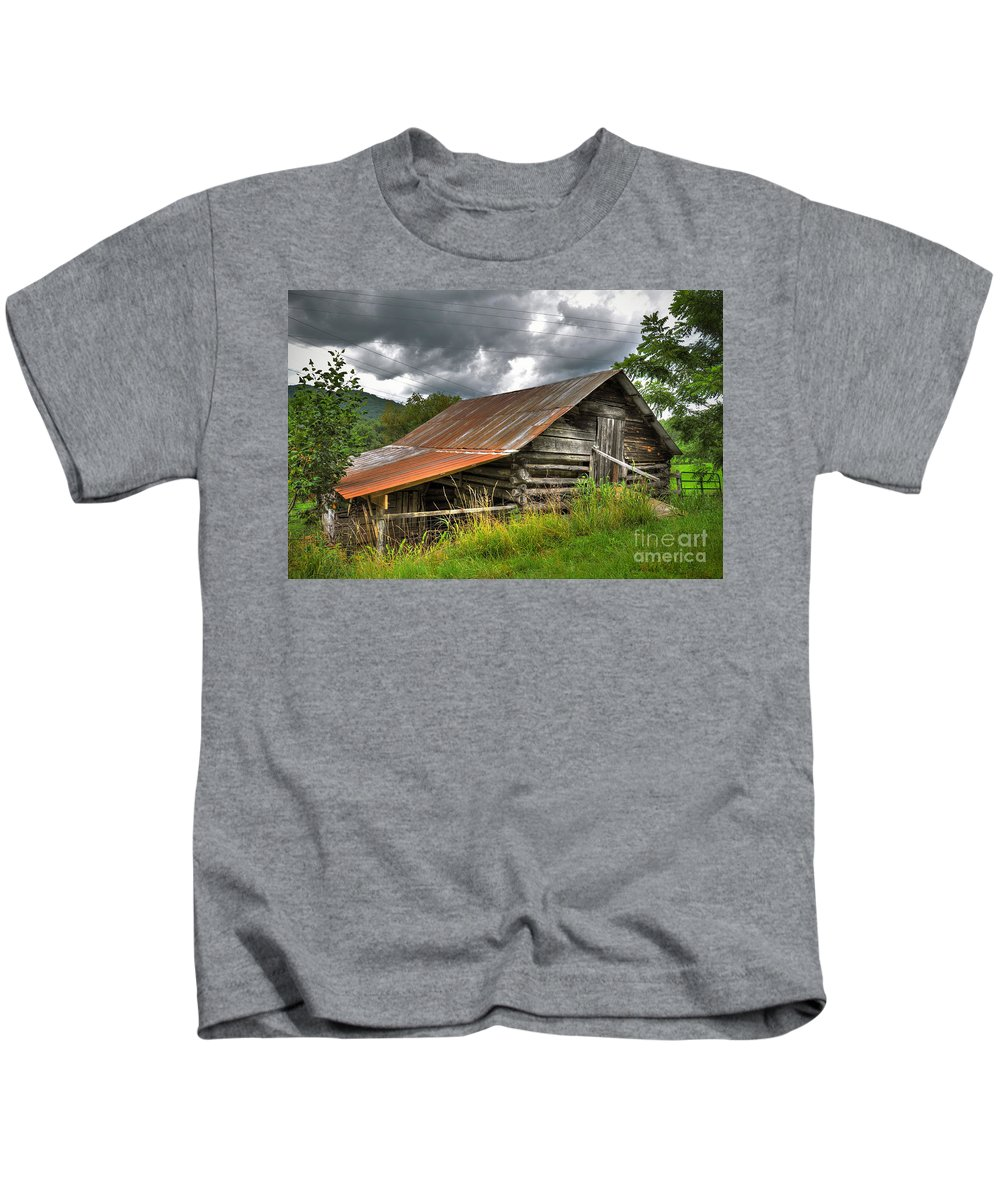 Old Country Barn Kids T-Shirt featuring the photograph Old Country Barn by Savannah Gibbs