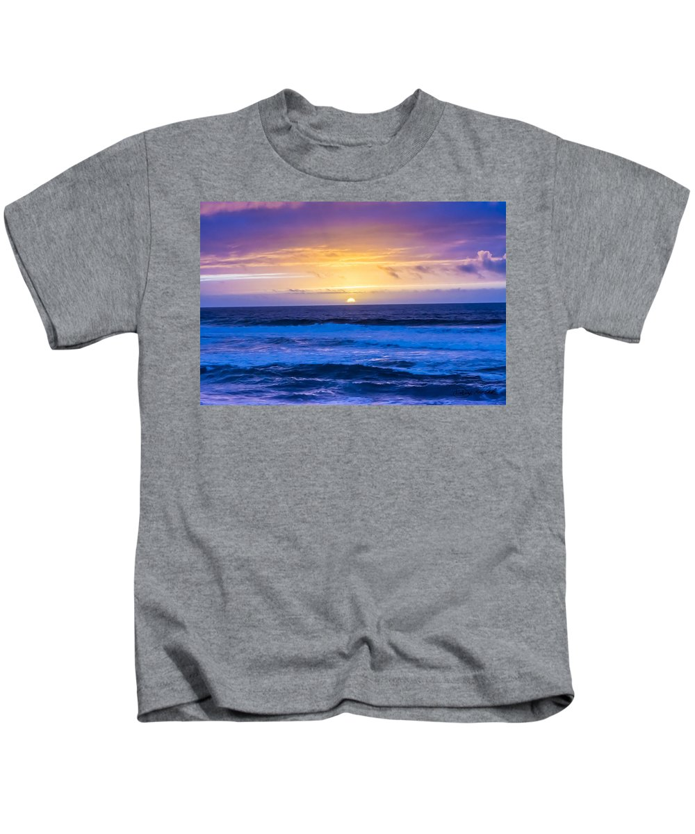 Coastline Kids T-Shirt featuring the photograph Pacific Sunset by Doug Holck