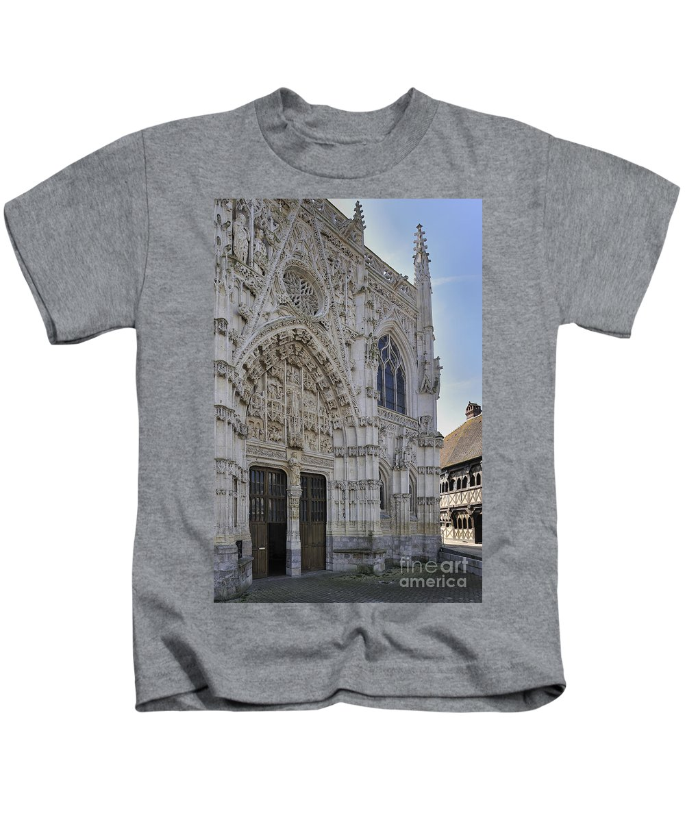 Chapel Of The Holy Spirit Kids T-Shirt featuring the photograph 110307p295 by Arterra Picture Library