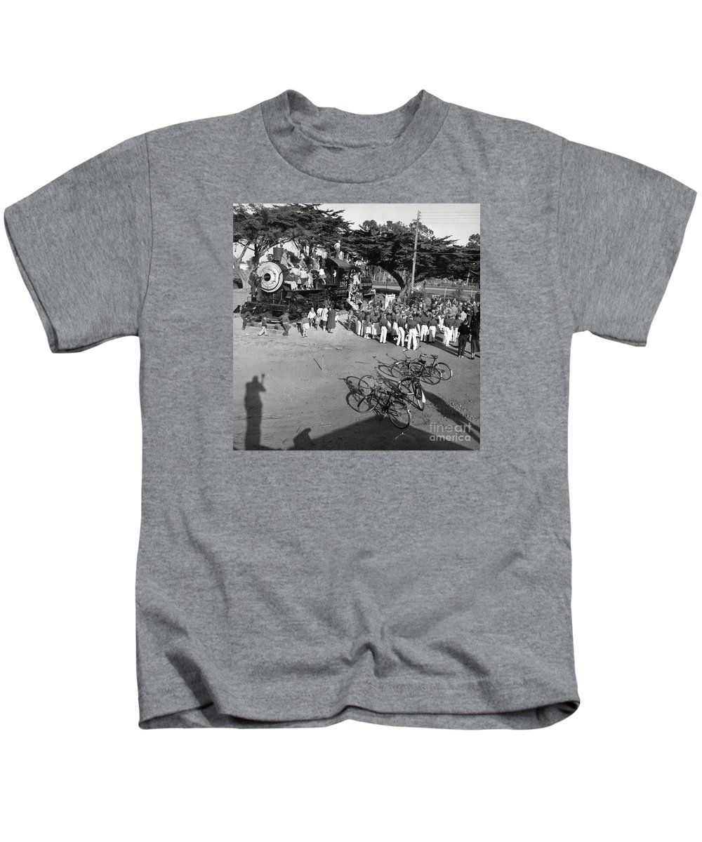 1285 Kids T-Shirt featuring the photograph 1285 Steam Locomotive At Dennis The Menace Park Monterey California 1956 by California Views Archives Mr Pat Hathaway Archives