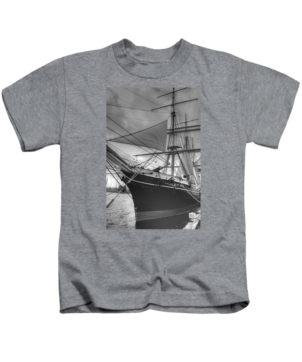 Star Of India Kids T-Shirt featuring the photograph Star Of India by Bill Hamilton
