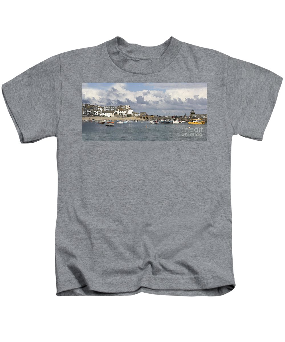 St Ives Kids T-Shirt featuring the photograph A Postcard From St Ives by Terri Waters
