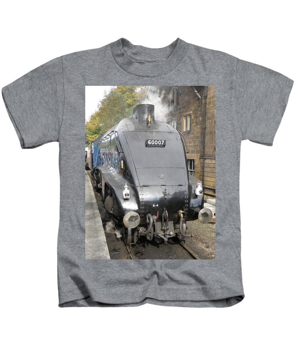 Steam Kids T-Shirt featuring the photograph A4 Pacific - Resting by Ted Denyer