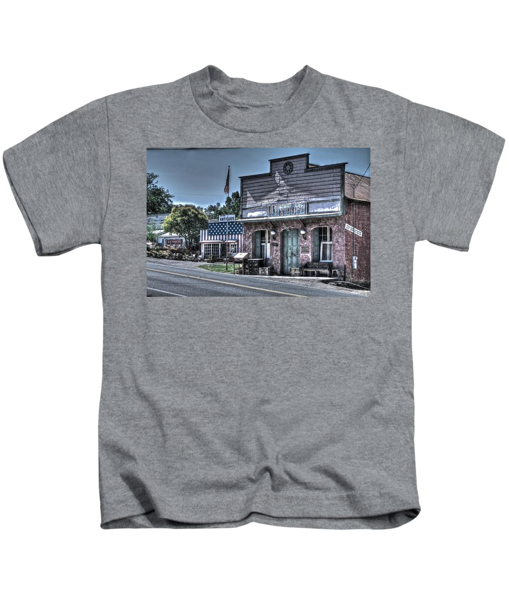 Antiques Kids T-Shirt featuring the photograph Antiques In Drytown by SC Heffner