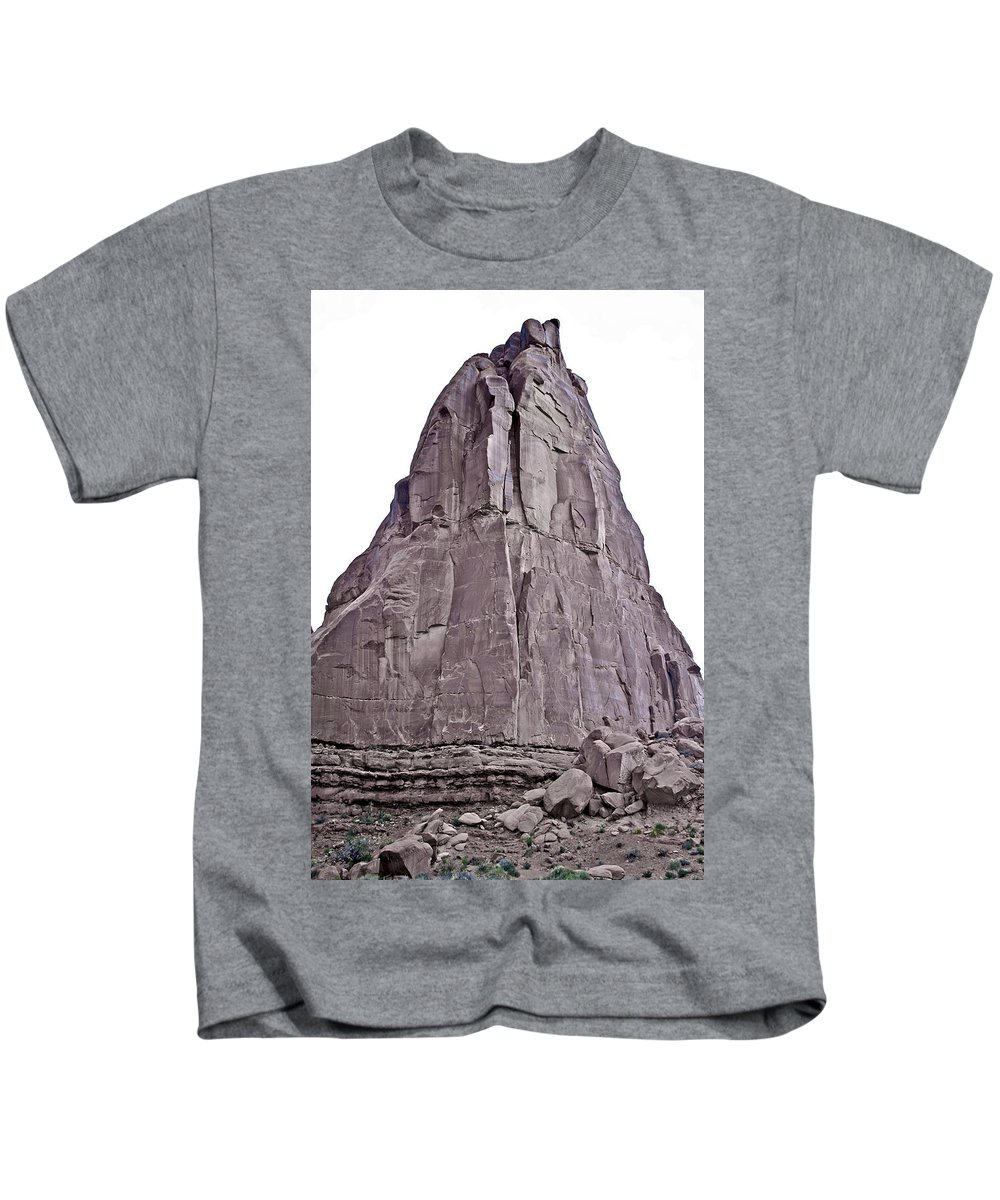 Utah Kids T-Shirt featuring the photograph Arches National Park 2 by SC Heffner