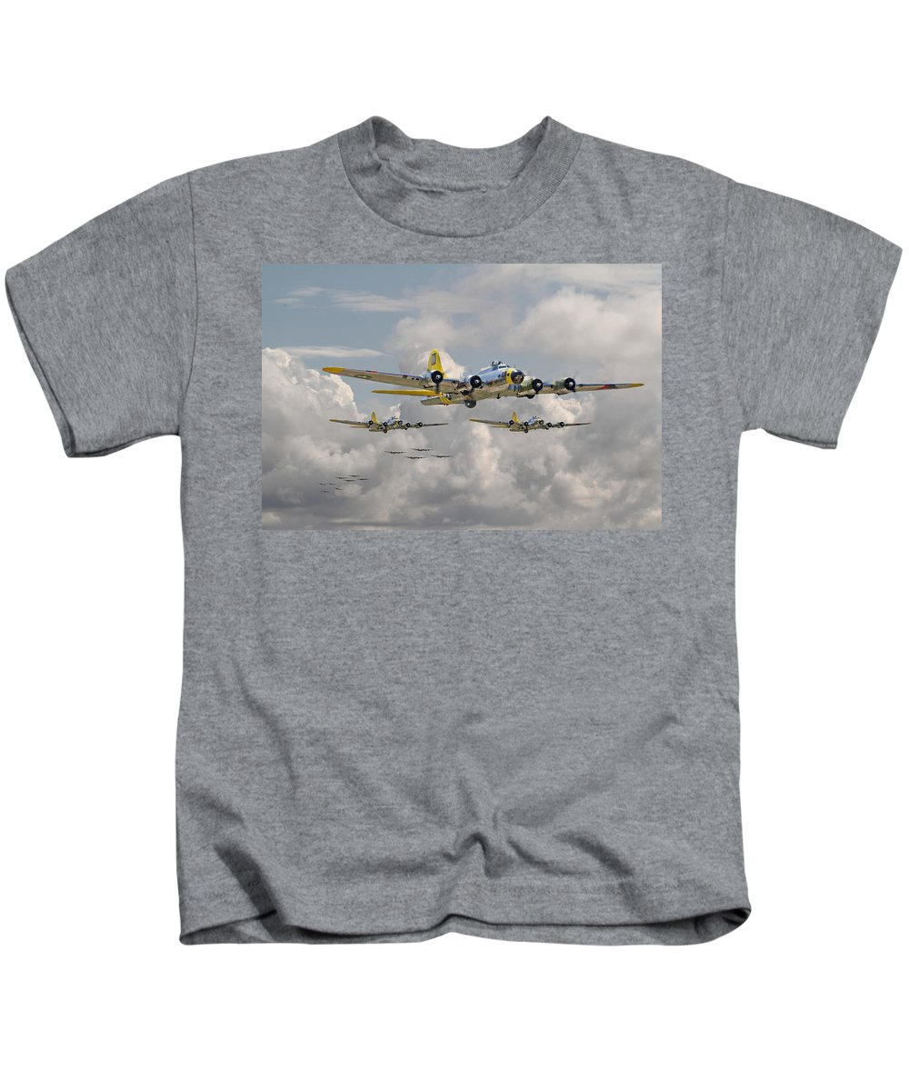 Aircraft Kids T-Shirt featuring the digital art B17 486th Bomb Group by Pat Speirs