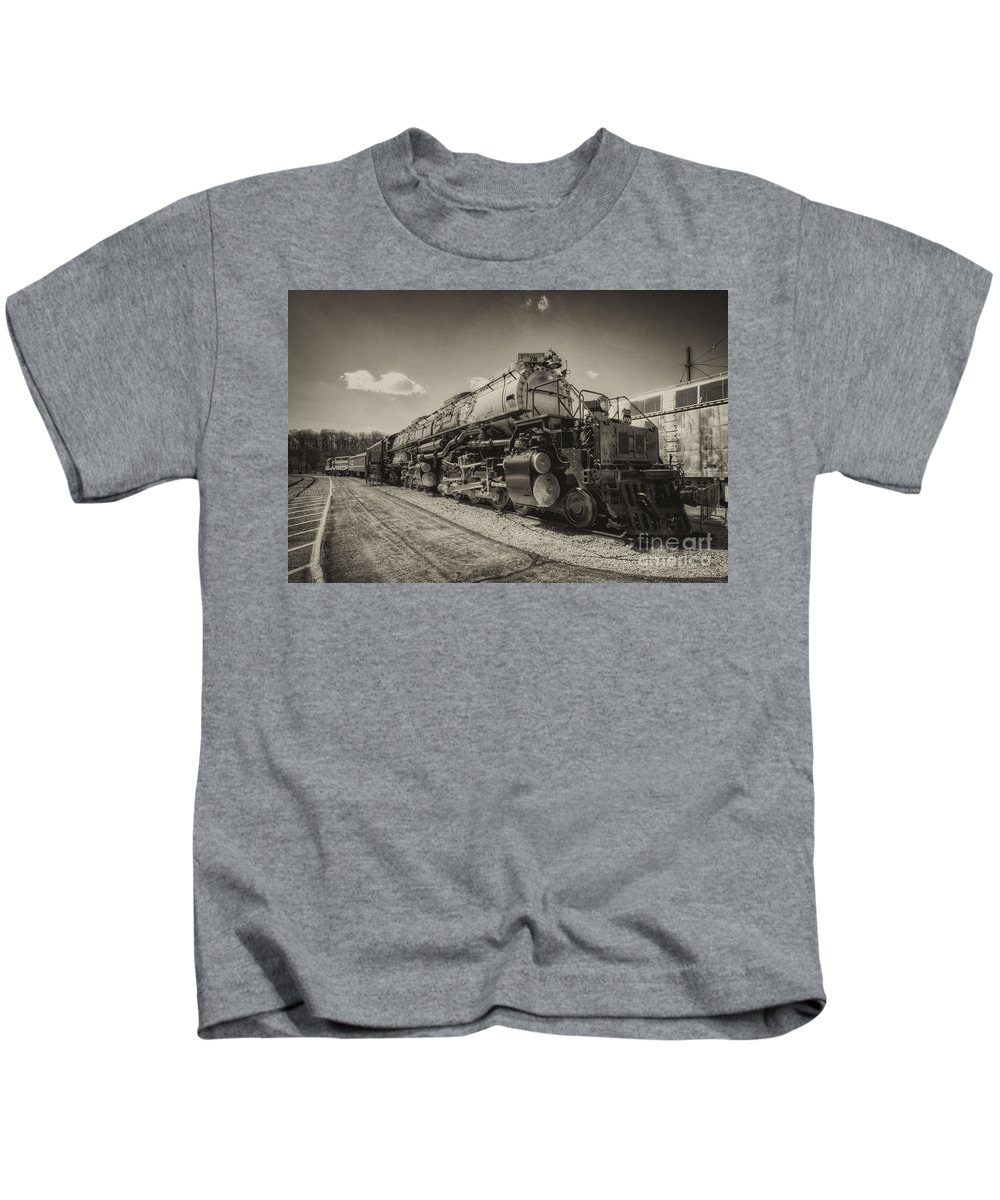 Big Kids T-Shirt featuring the photograph Big Boy by Rob Hawkins