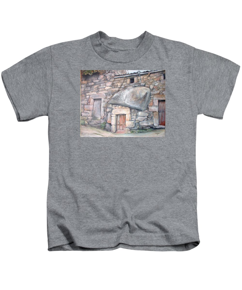 Fermoselle Kids T-Shirt featuring the painting Bodega en Fermoselle by Tomas Castano