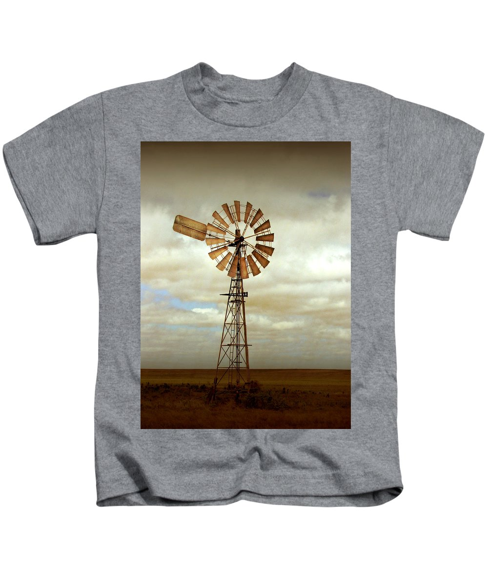 Windmill Kids T-Shirt featuring the photograph Catch The Wind by Holly Kempe