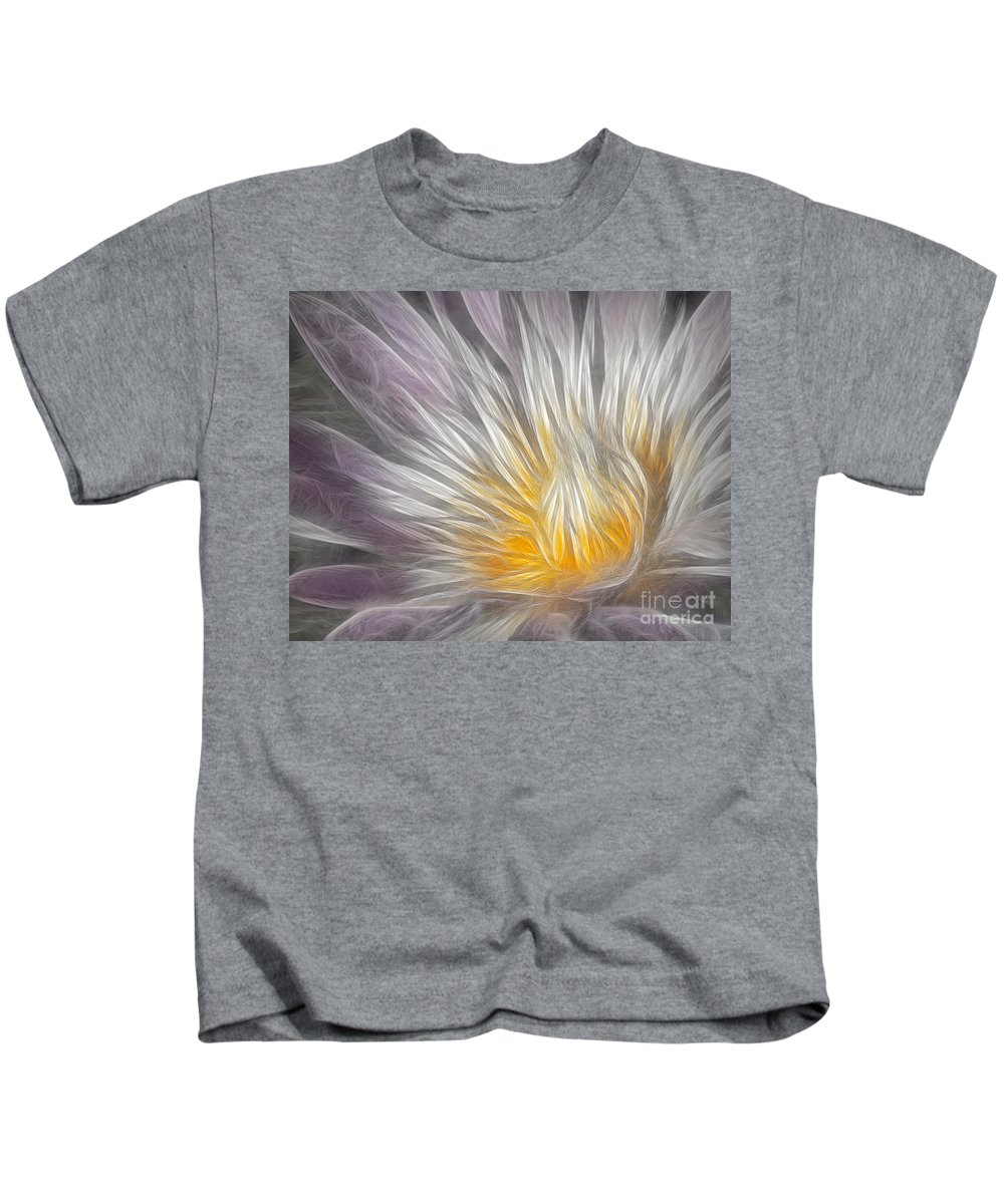 Waterlily Kids T-Shirt featuring the photograph Dreamy Waterlily by Susan Candelario