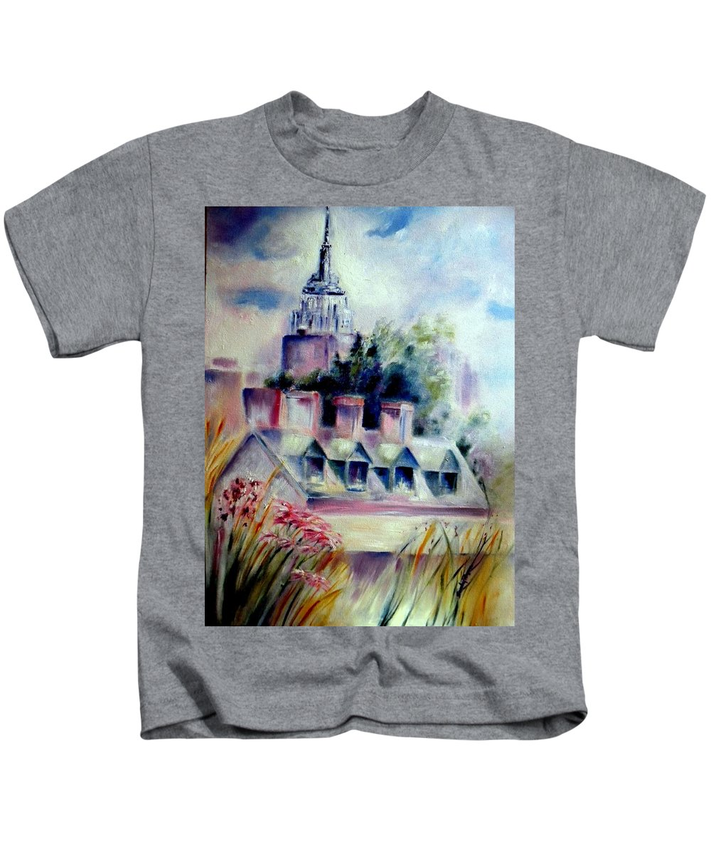 Empire State Building Kids T-Shirt featuring the painting Empire State From The High Line by Sandy Ryan