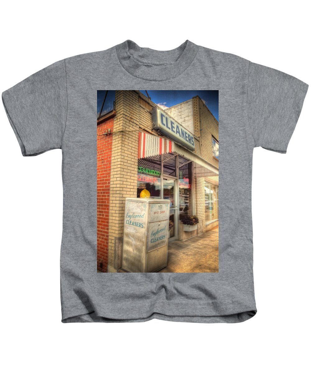 Englewood Kids T-Shirt featuring the photograph Englewood Cleaners 4540 by Timothy Bischoff