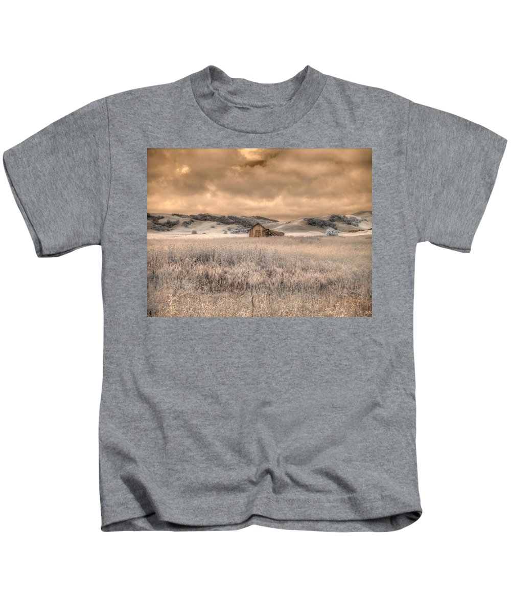 Barn Kids T-Shirt featuring the photograph Fields Of Gold by Jane Linders