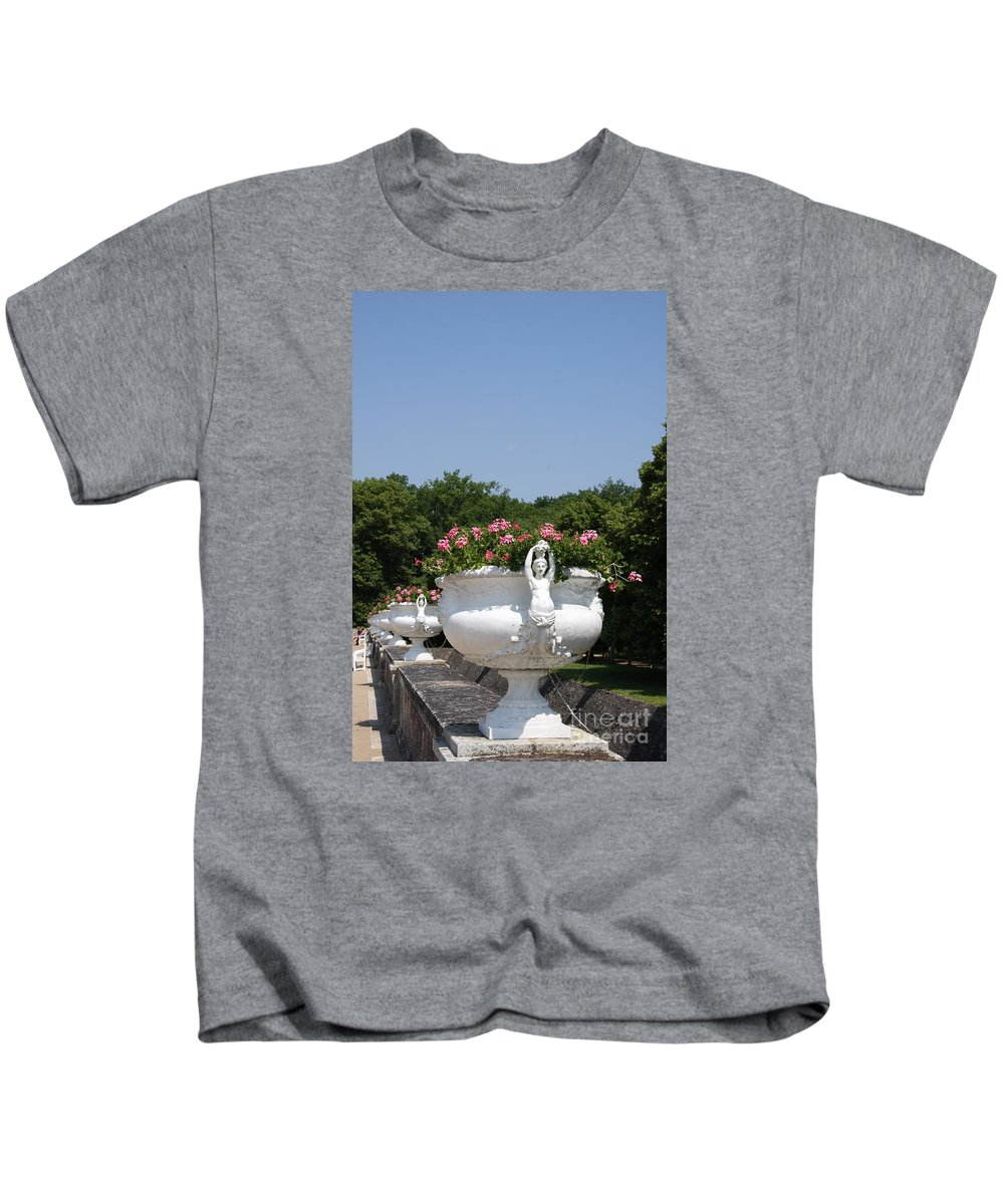 Basin Kids T-Shirt featuring the photograph Flowerpots In A Row - Chateau Chenonceau by Christiane Schulze Art And Photography