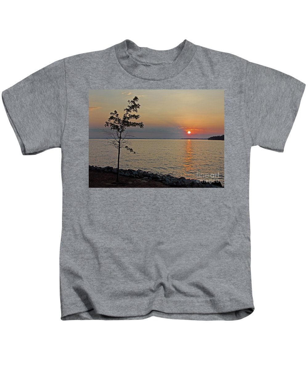 Scenic Tours Kids T-Shirt featuring the photograph Gathering Light by Skip Willits