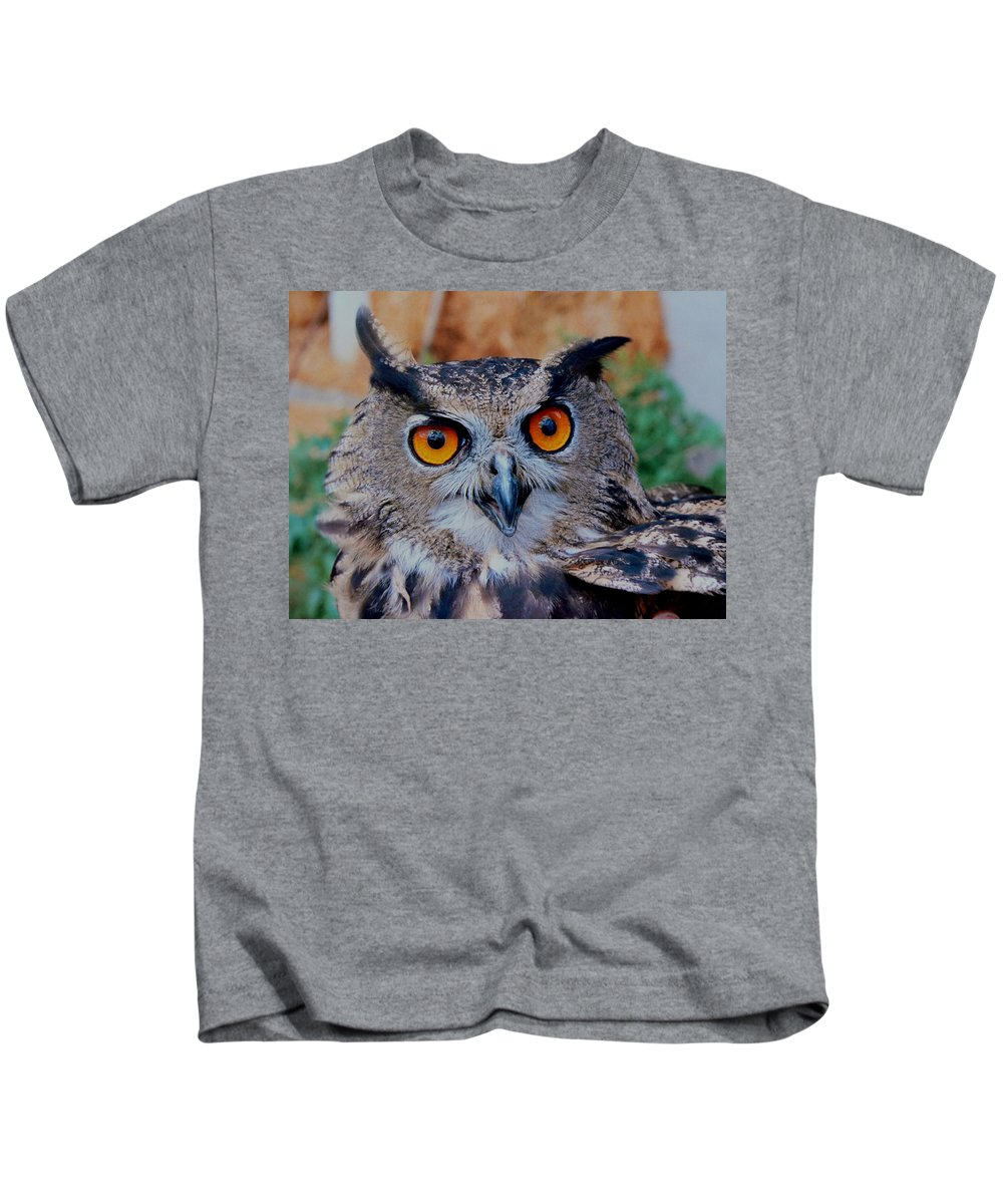 Great Horned Owl Kids T-Shirt featuring the photograph Great Horned Owl by Ellen Henneke