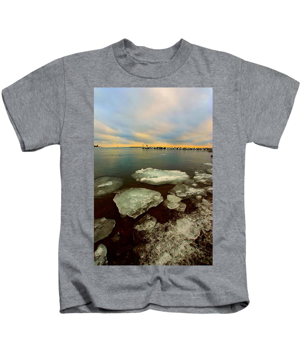 Ice Kids T-Shirt featuring the photograph Hanging On by Amanda Stadther