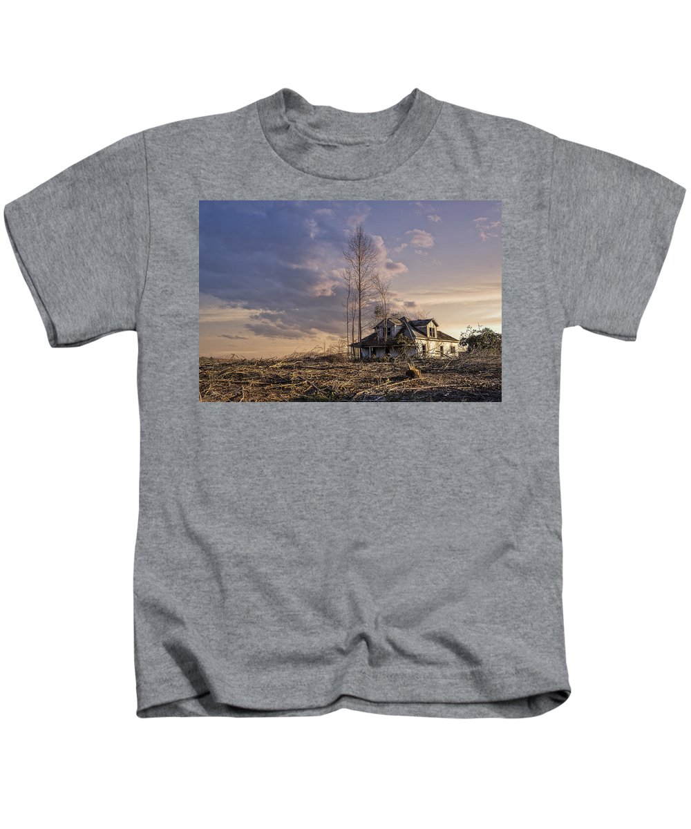 Old House Kids T-Shirt featuring the photograph Home Forgotten by Cindi Poole