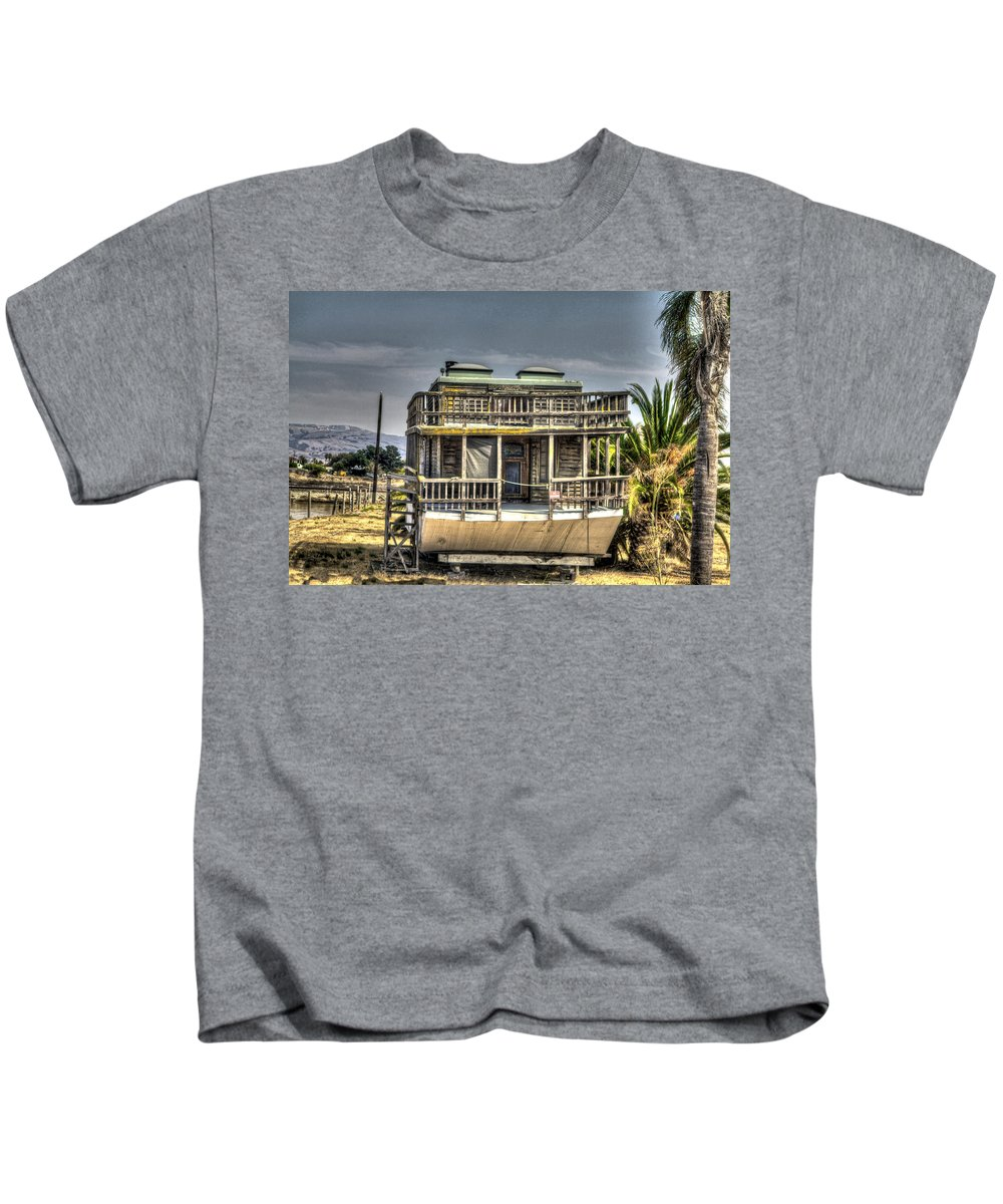Alviso Kids T-Shirt featuring the photograph Houseboat by SC Heffner