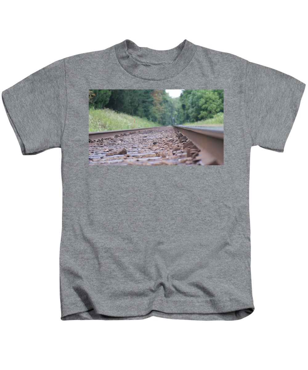 Train Kids T-Shirt featuring the photograph Inside The Rails by Rob Luzier