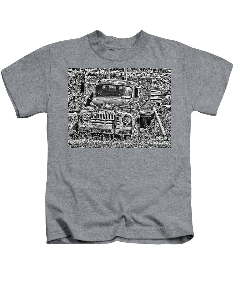 Old Trucks Kids T-Shirt featuring the photograph Little Flatdeck by Randy Harris