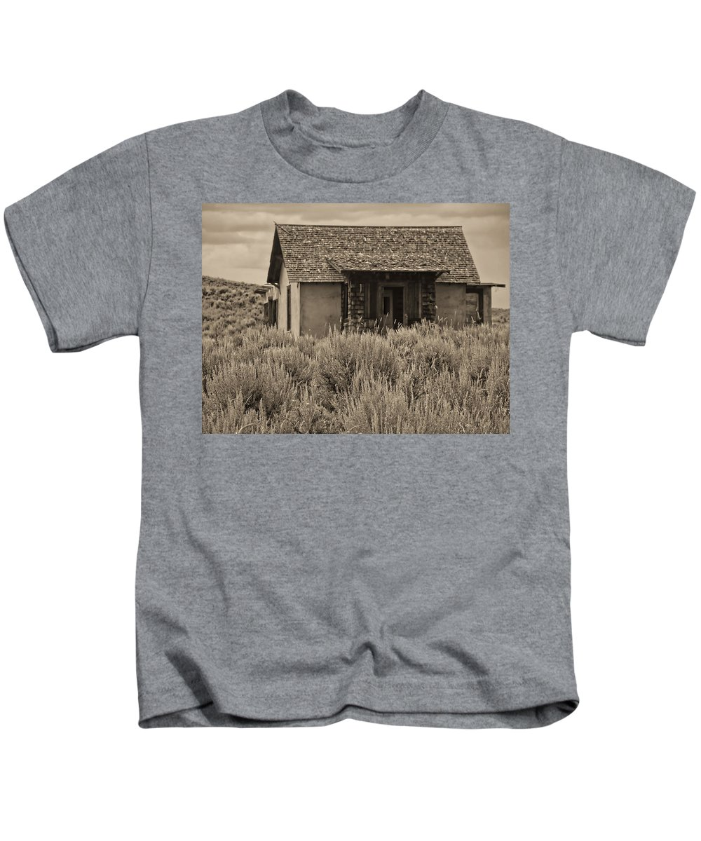 Kids T-Shirt featuring the photograph Little House In The Sage Bw by Cathy Anderson