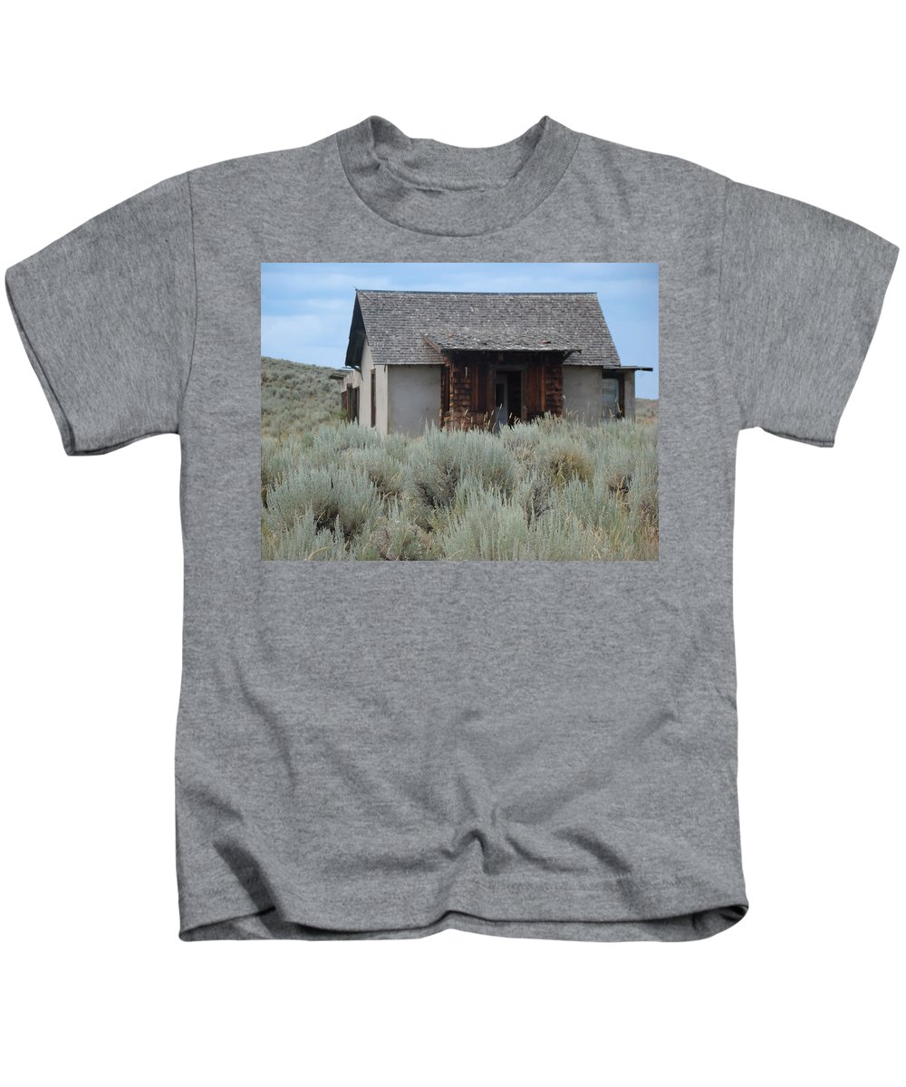 Kids T-Shirt featuring the photograph Little House In The Sage by Cathy Anderson